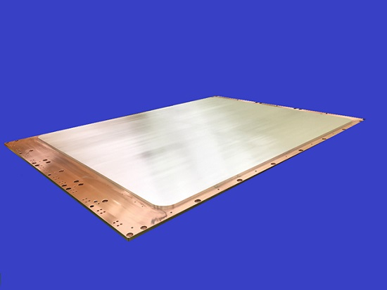 三菱マテリアル「有機ELディスプレイ用銀合金ターゲット:サイズは1800mm×2300mm」